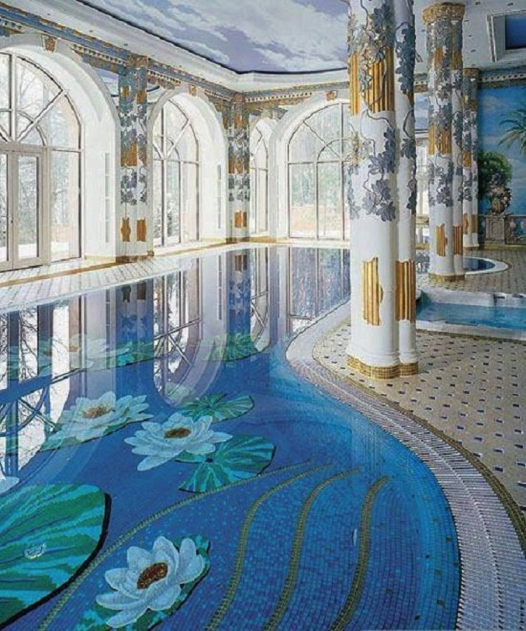 Gorgeous Pool Mosaic Design