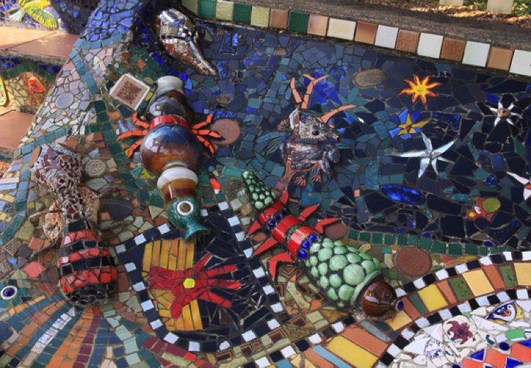 These shiny Mosaic tile pieces are as breath-taking as they are adorable!