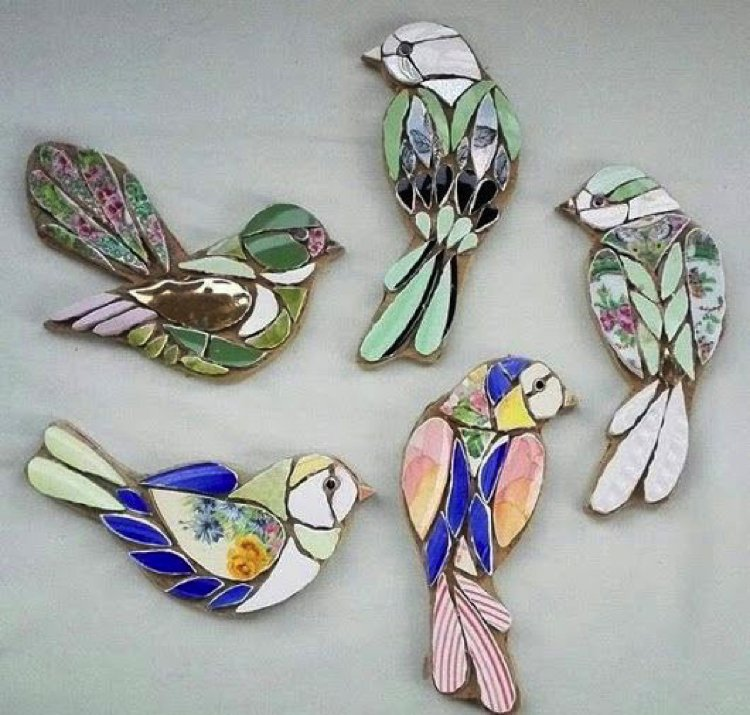 These divine tiny jewelled bird mosaics would look perfect as a broach or wall mounting.
