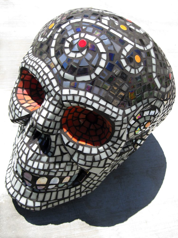 Skull mosaic design that is perfect for Halloween