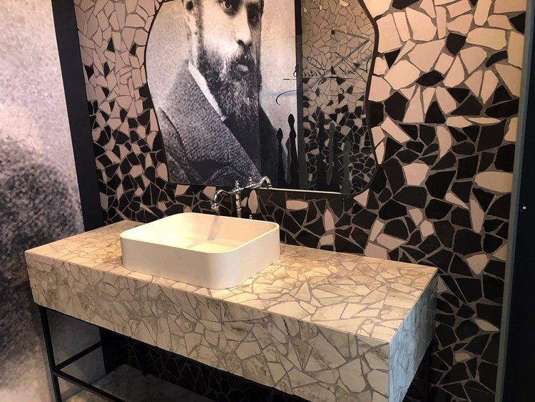 A spectacular bathroom mosaic wall art exhibit at Cersaie 2019