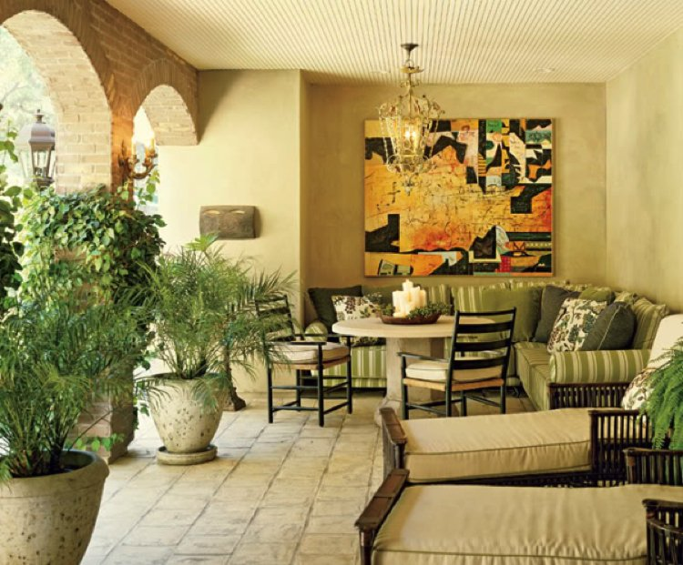Open plan living room with Feng Shui elements that encourages conversations.