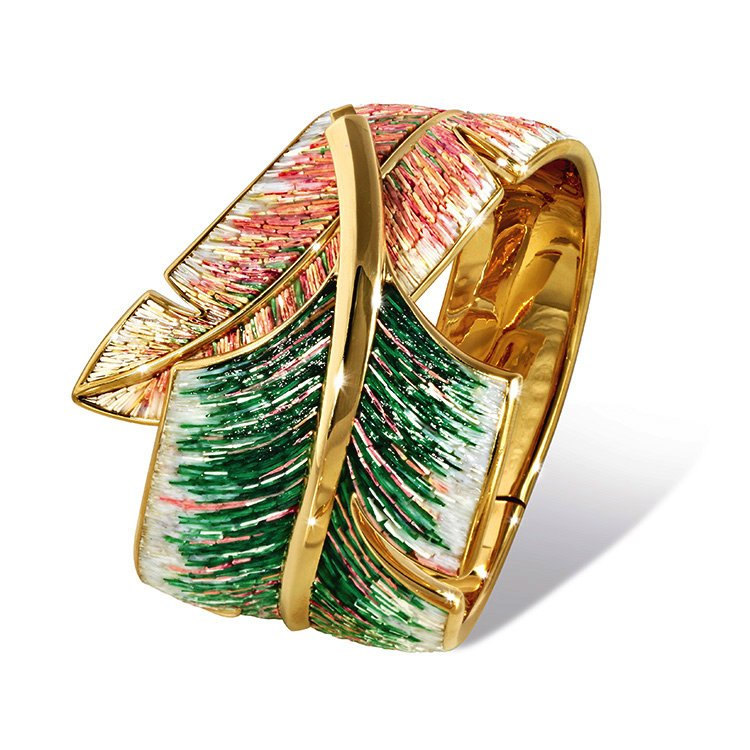 Micro mosaic bracelet in yellow gold Designed by Roger Thomas.