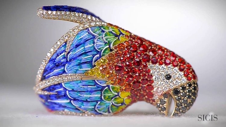 Beautiful bejeweled parrot made of fine glass, creating a stunning, colorful plumage.