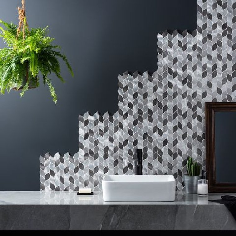 Fabulous staggered bathroom mosaic accent