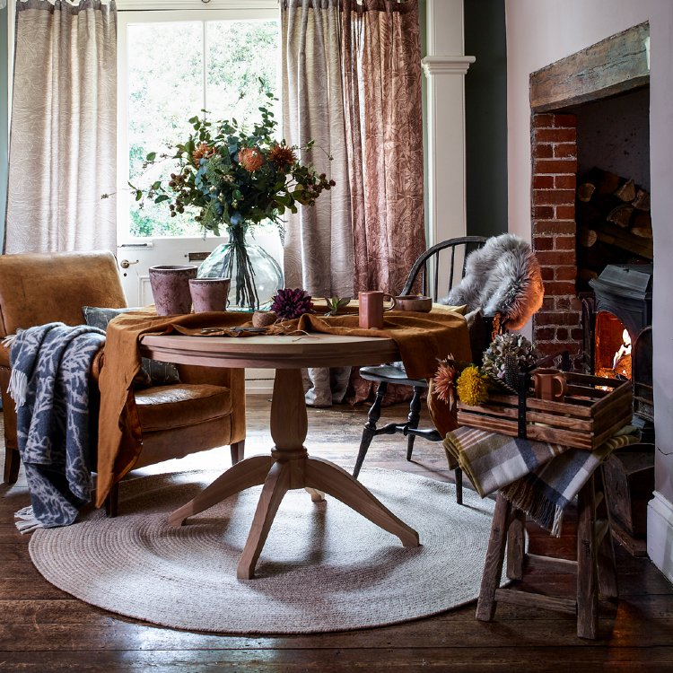 Wooden floors and relaxed and warm home decor