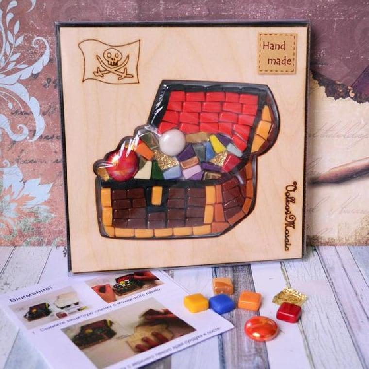 Mosaic art DIY kit for kids.