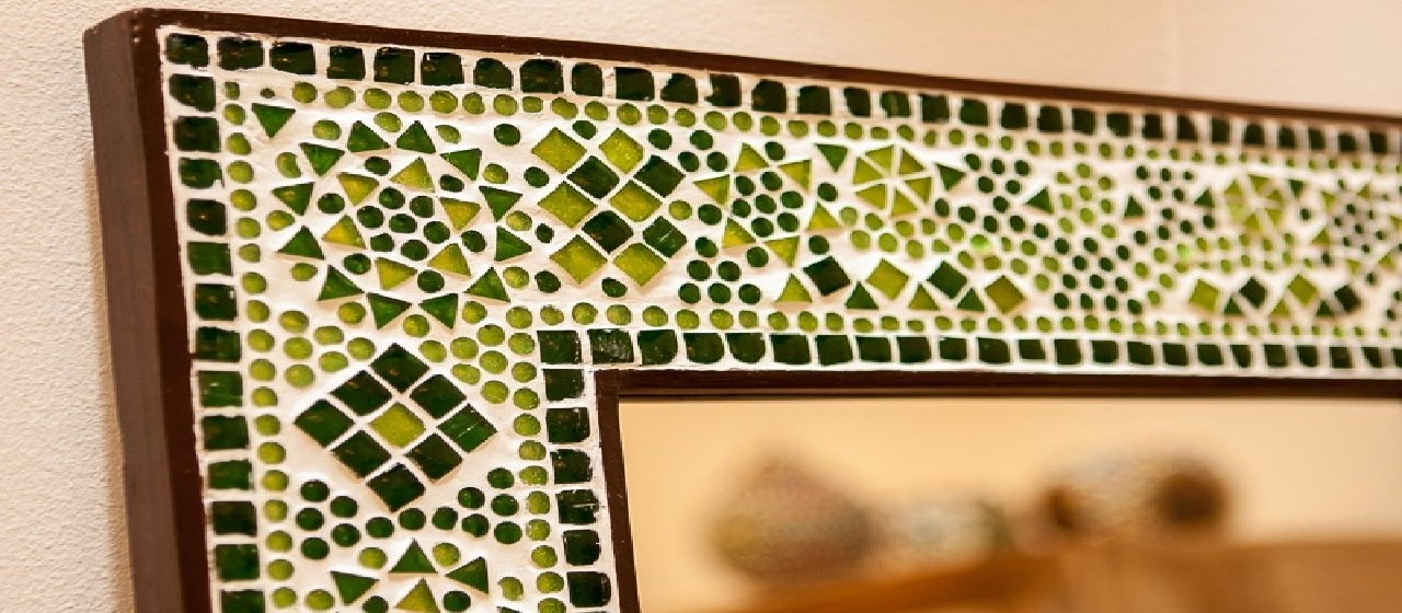 Mosaic mirrors—the most captivating focal point of your space