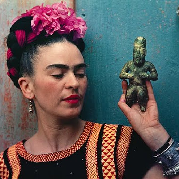 Fascinating portrait of Frida with a beautiful Mexican ornament.