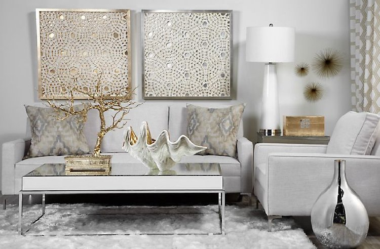 Mixed metals in the living room makes a beautiful accent.