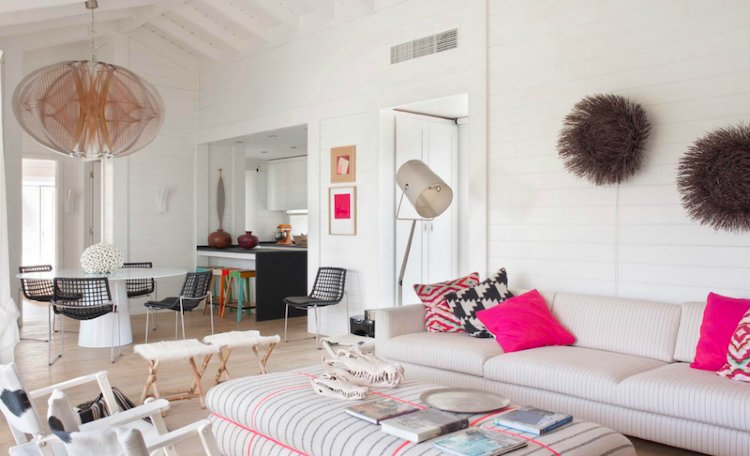 Pop of pink freshen up the interior of the space