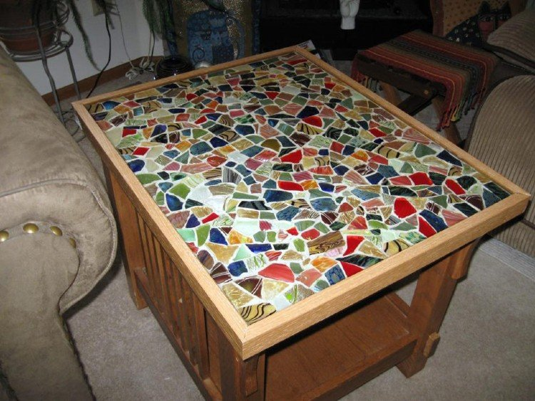 Mosaic On A Budget Diy S, How To Make A Mosaic Table Top With Broken China