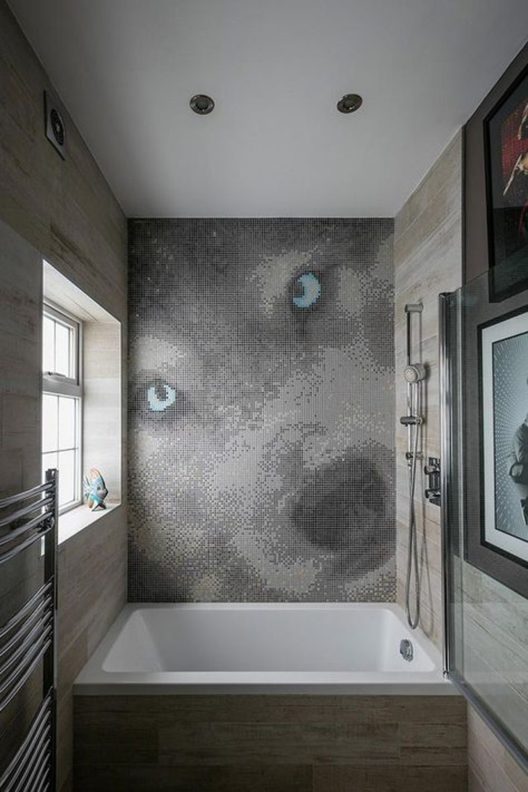 Wolf Mosaic bathroom mosaic artwork