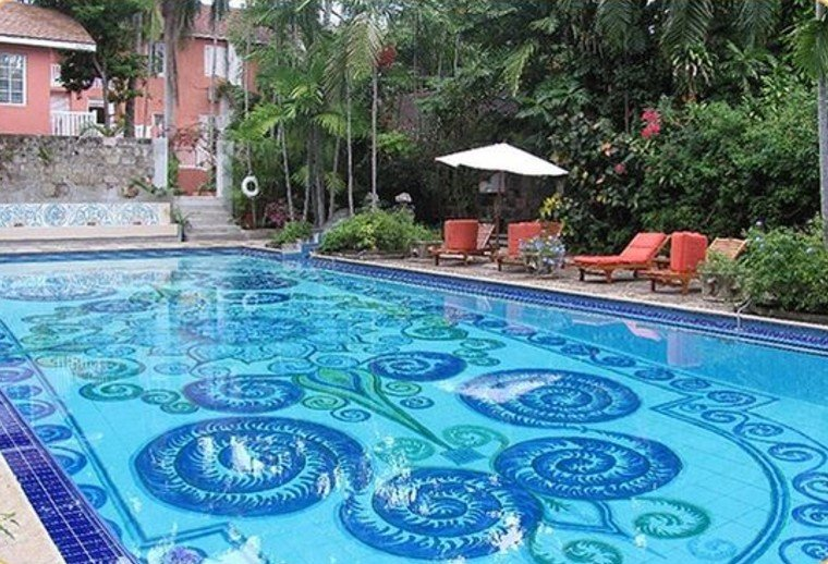 Stunning modern pool mosaic artwork design.