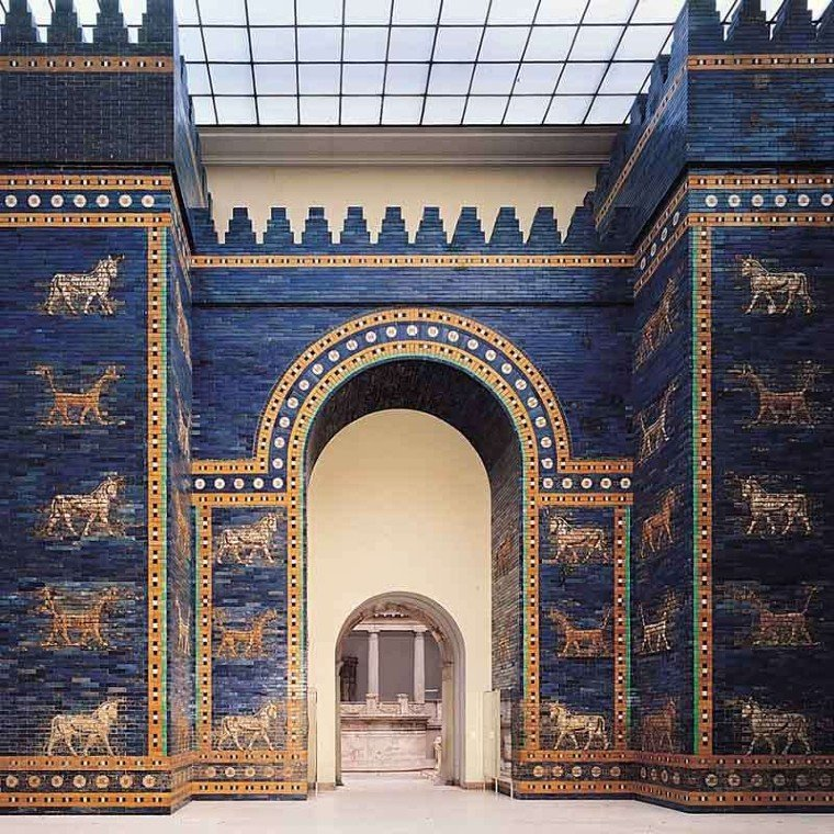 Beautiful animalistic motifs on the Ishtar Gate.