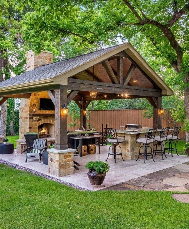 Beautiful outdoor grill area.