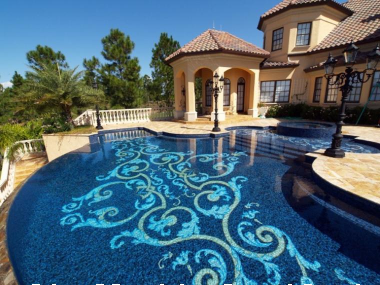 Stunning swimming pool mosaic patterns