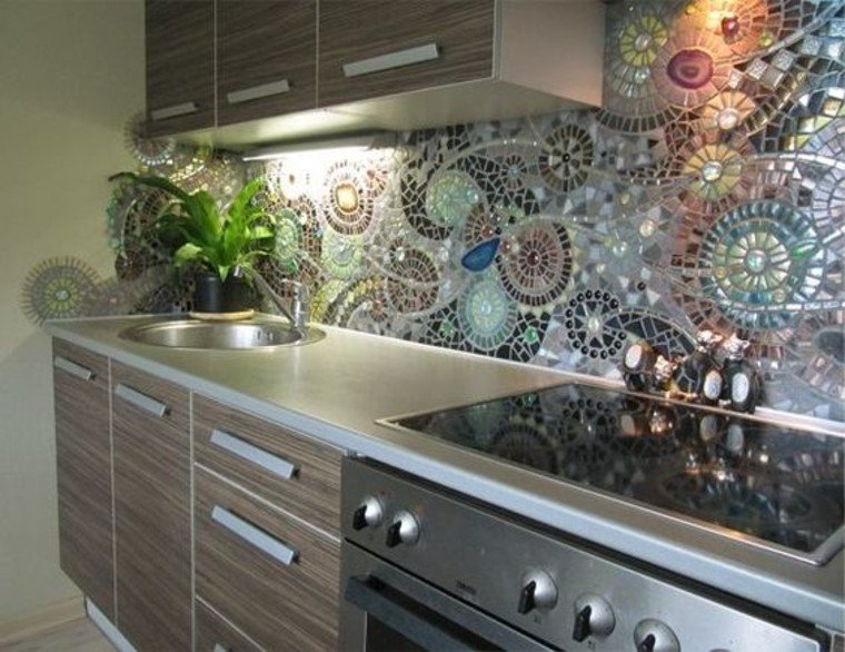 Beautiful Kitchen Mosaic Artwork.