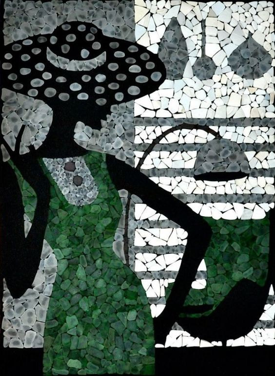 Gorgeous sea glass mosaic artwork by Denuse Terio | Mosaic art inspiration by Mosaics Lab
