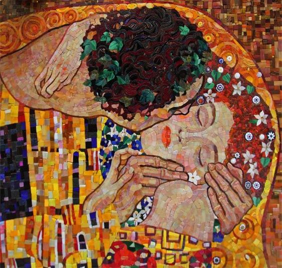 The Kiss mosaic reproduction by Yulia Nazarova | Mosaic Artwork inspiration by Mosaics Lab