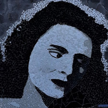 Gorgeous Mosaic portrait of Amalia queen of Fado by Mosaics Lab