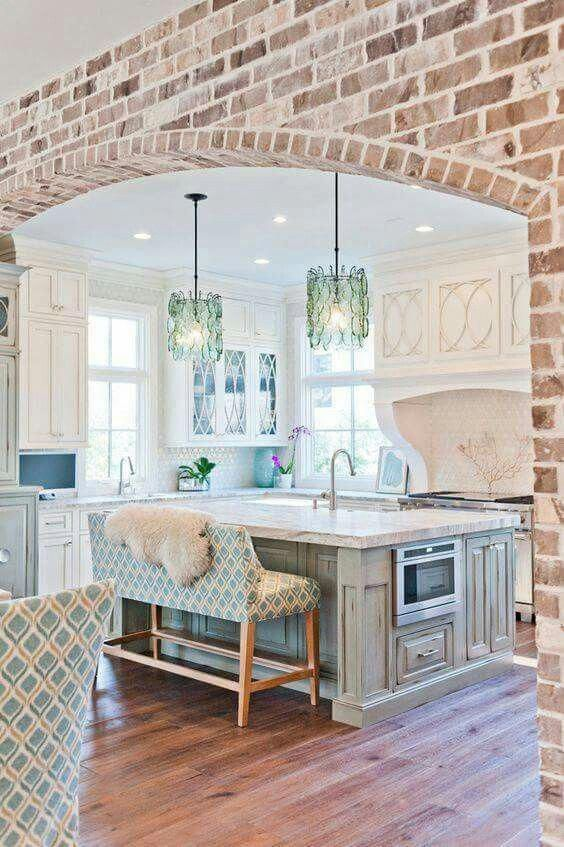 Beautiful Kitchen Isle