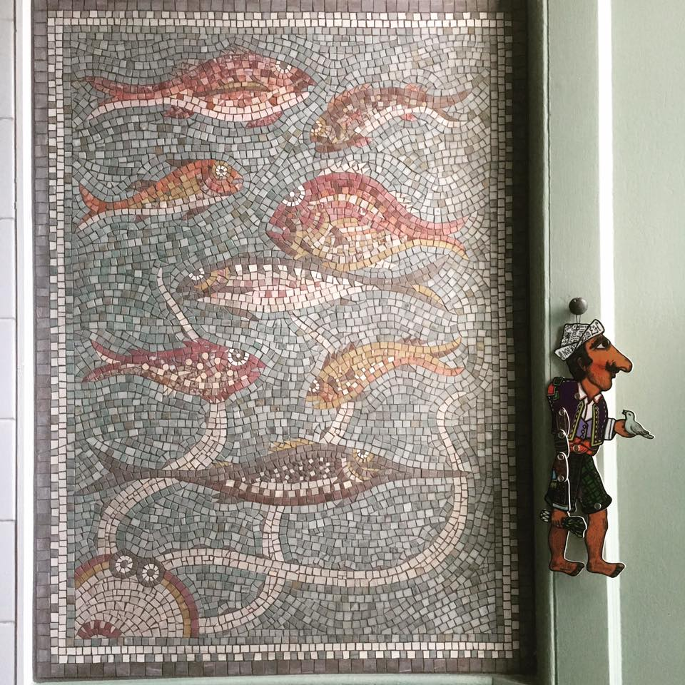 Helen Miles Octopus and fish | custom made tile mosaic design provided by Mosaics Lab on mosaicslab.com