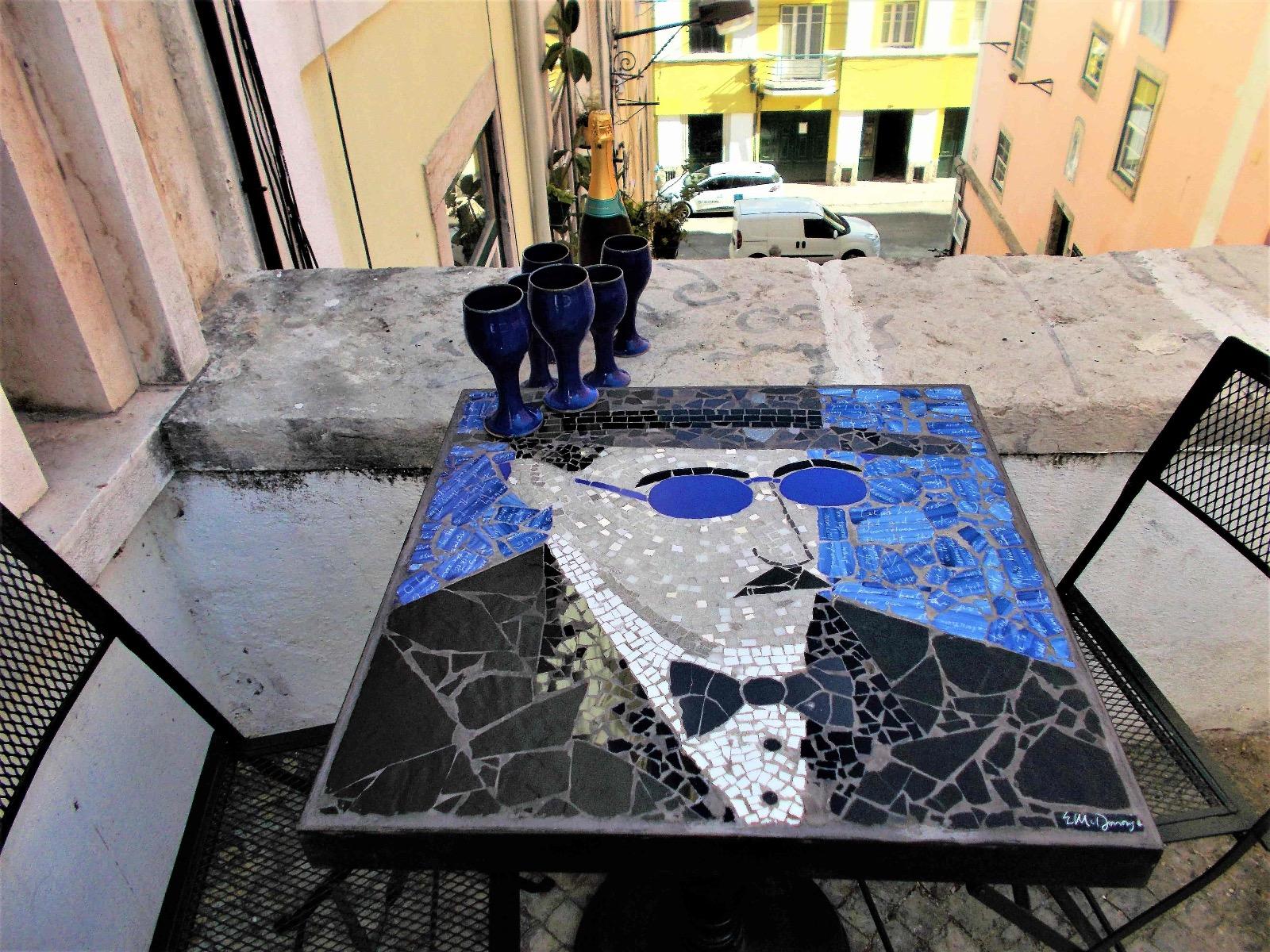 Check Eileen McDonough's tile mosaic artwork and mosaic designs on mosaicslab.com